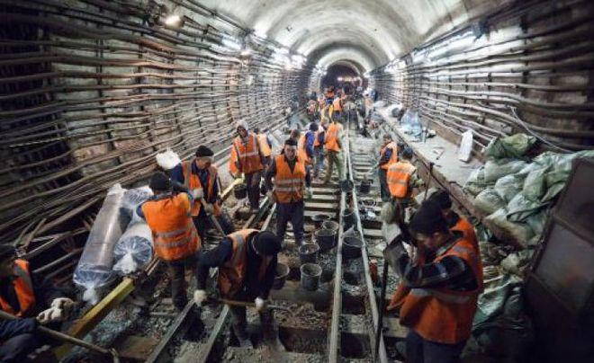 Кличко рассказал, когда откроются первые станции метро на Виноградаре