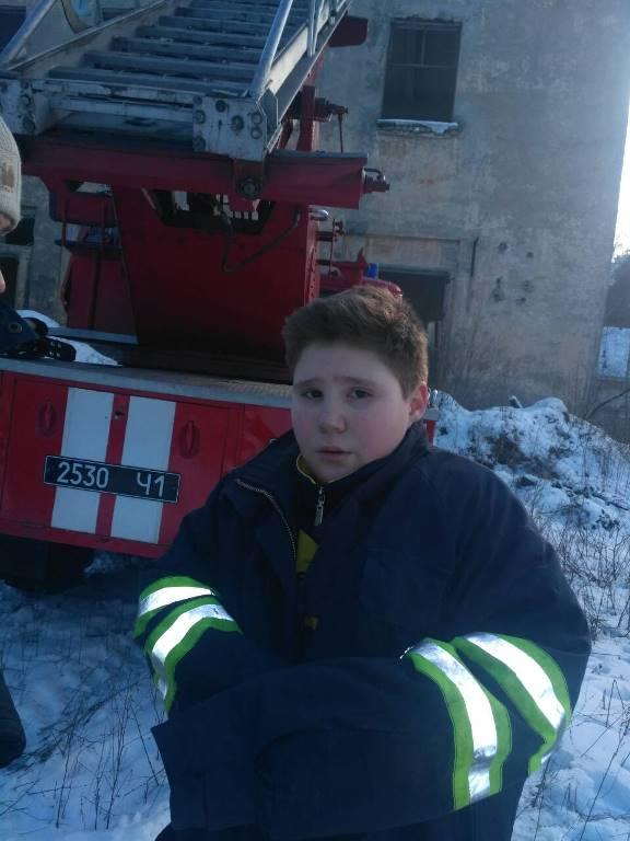 Под Киевом родителям пришлось краснеть из-за шалости своего сына