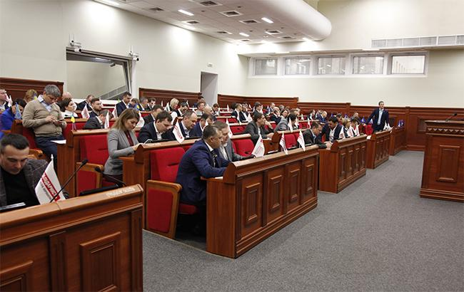 В школах Киева не будет политики - подробности решения