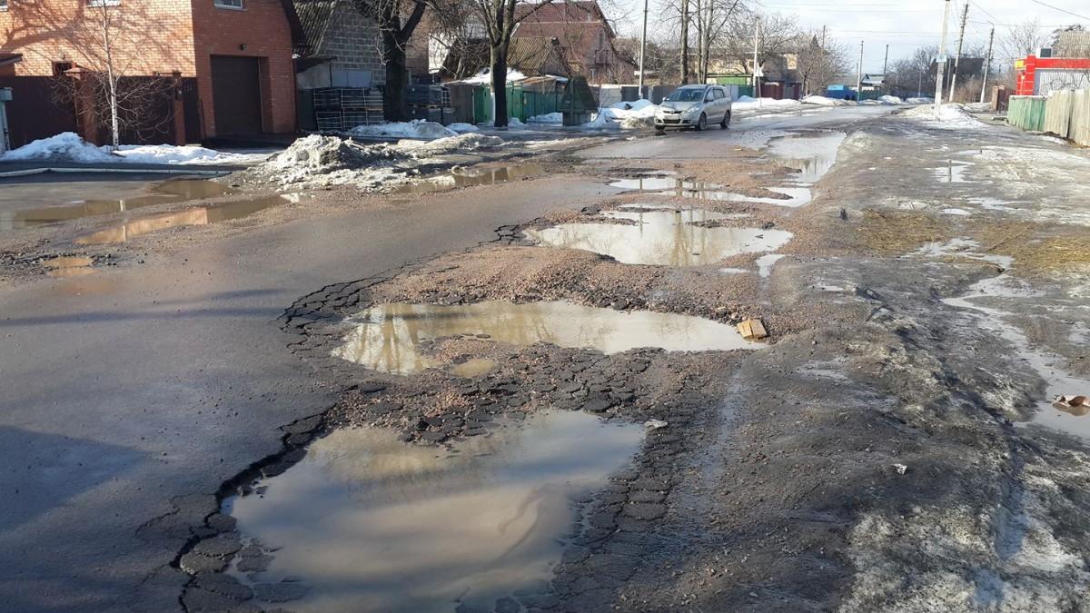 """Кличко пообещал, что новый асфальт в Киеве """"сойдет со снегом через 5 лет"""""""