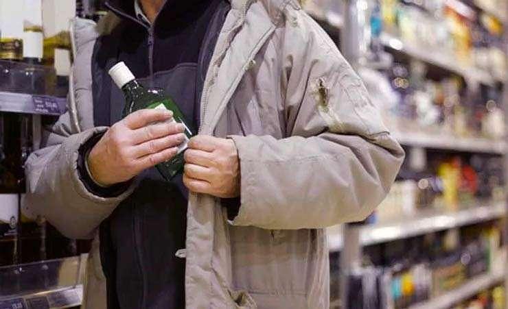 """В столичном супермаркете задержан несовершеннолетний """"алкоголик"""""""