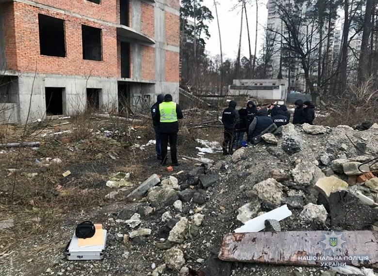 На проспекте Победы в Киеве школьница совершила суицид