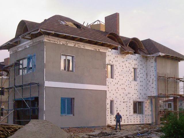 Технологии монтажа крыши и утепления фасадов