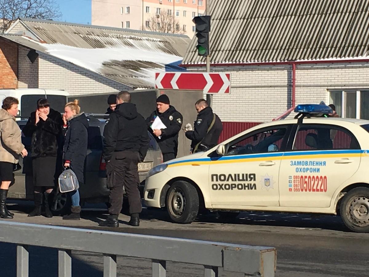 Под Киевом у водителя посреди дороги оторвался тромб
