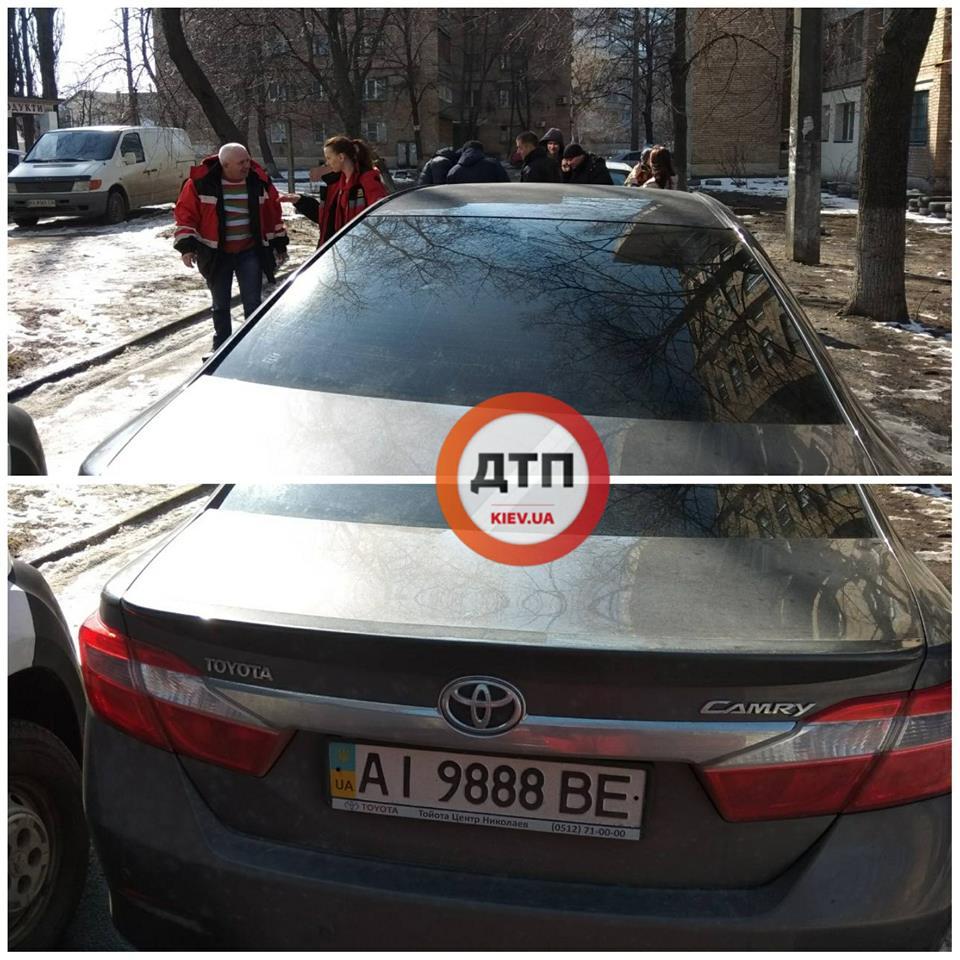 В Киеве на медиков совершено вооруженное нападение