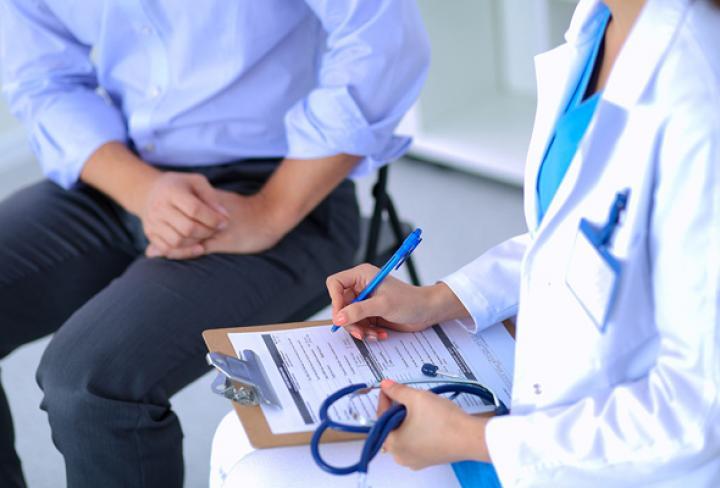 Около 10 000 киевлян уже подписали Декларации с врачами