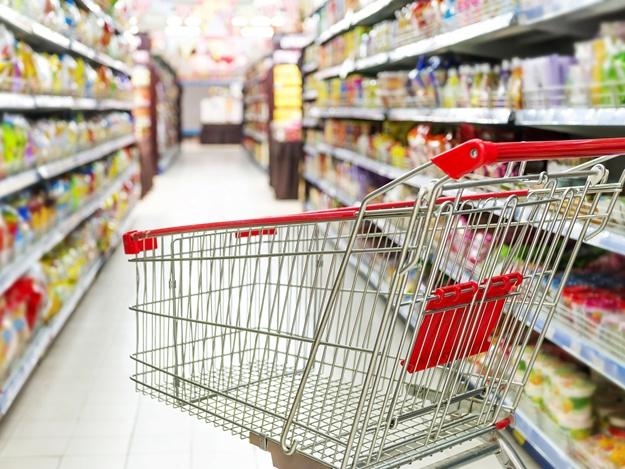 Киевляне выступают против закрытия супермаркета на Печерске