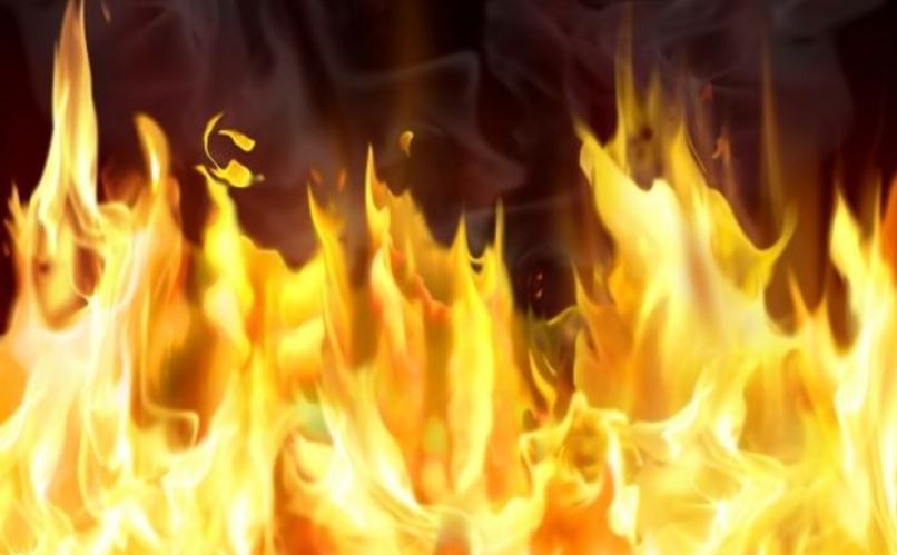 На Оболони пожилая женщина не смогла сама покинуть квартиру во время пожара