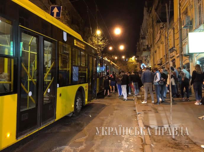 В троллейбусе случилась поножовщина