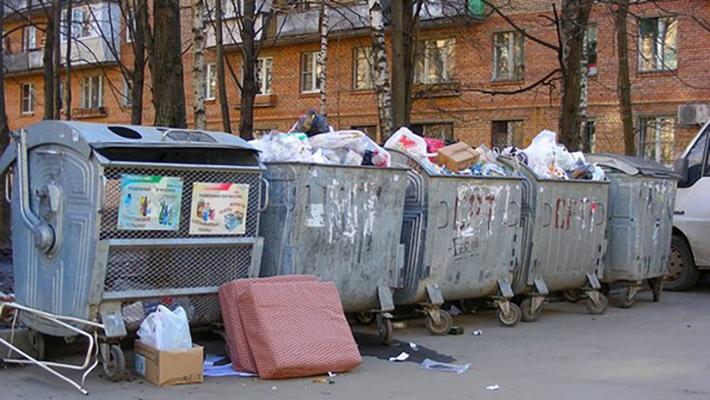 За вывоз мусора в Киеве решили брать по больше денег
