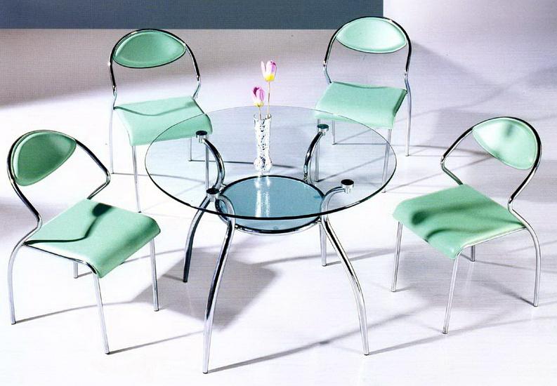 Преимущество стеклянной мебели