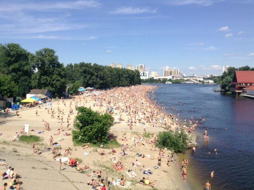 Киевлянам не рекомендуют купаться на пляжах до 20 июня