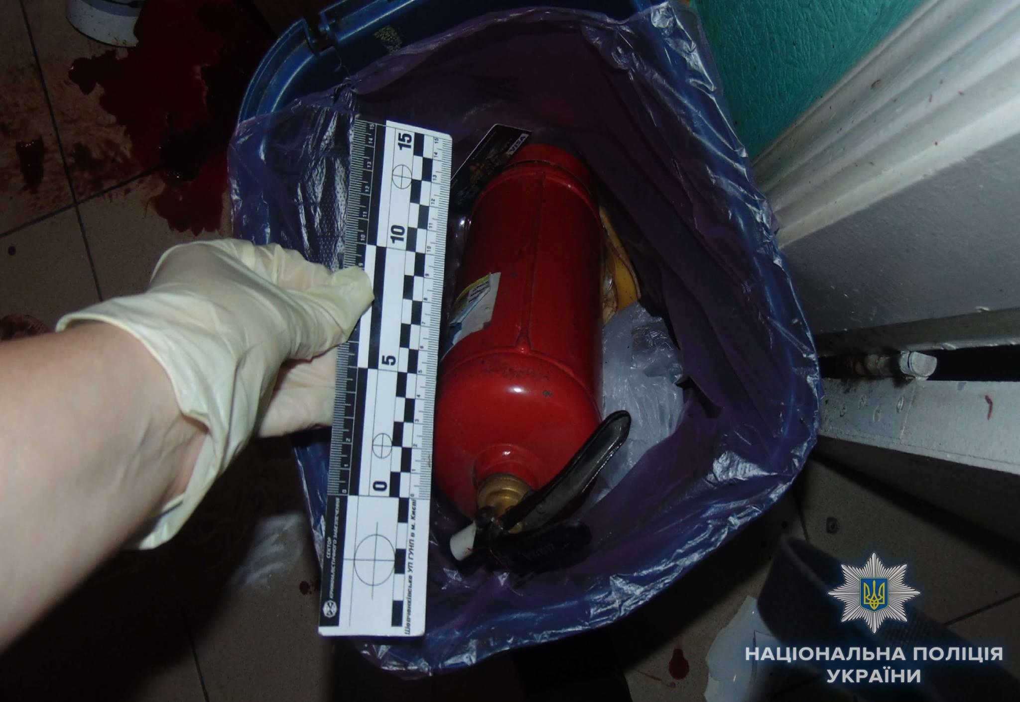 В Киеве неизвестный с ножом и огнетушителем напал на ветеринара