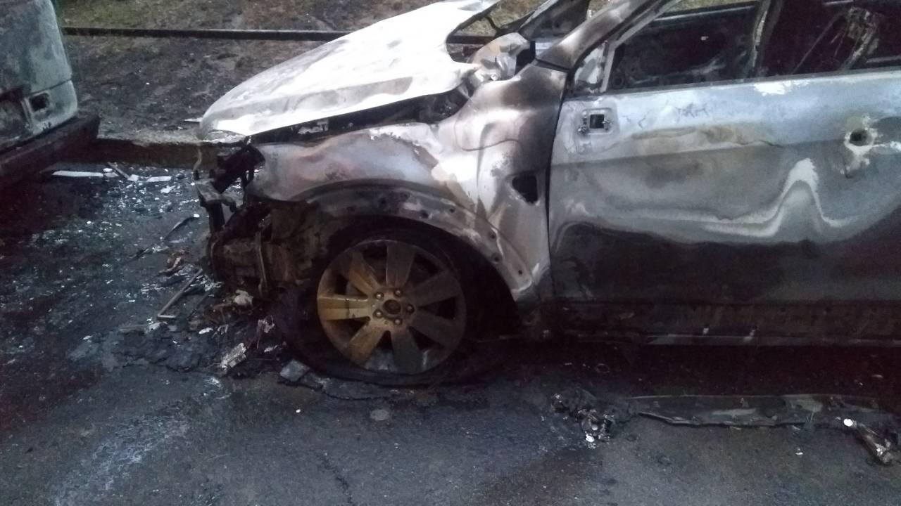 Взрыв авто в Киеве: возможен умышленный поджог