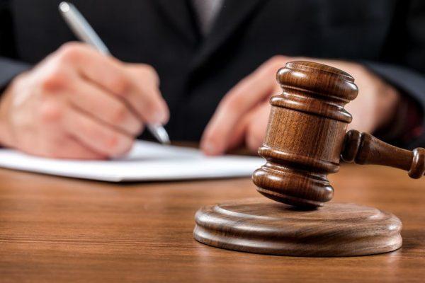 Суд может отменить новые тарифы на проезд в транспорте