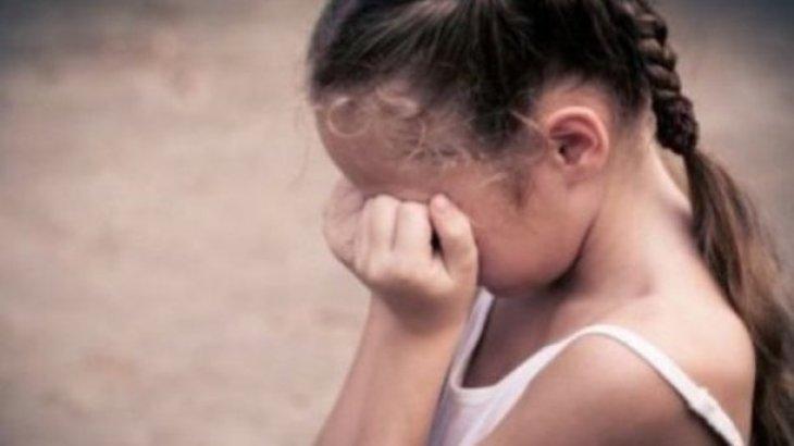 На Киевщине мужчина изнасиловал ребенка в кукурузе