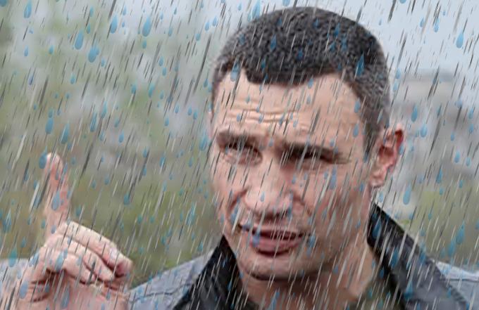 """Кличко объяснил, почему в Киеве появляются """"дождевые моря"""""""