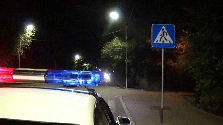 На проспекте Победы пешехода сбили два авто