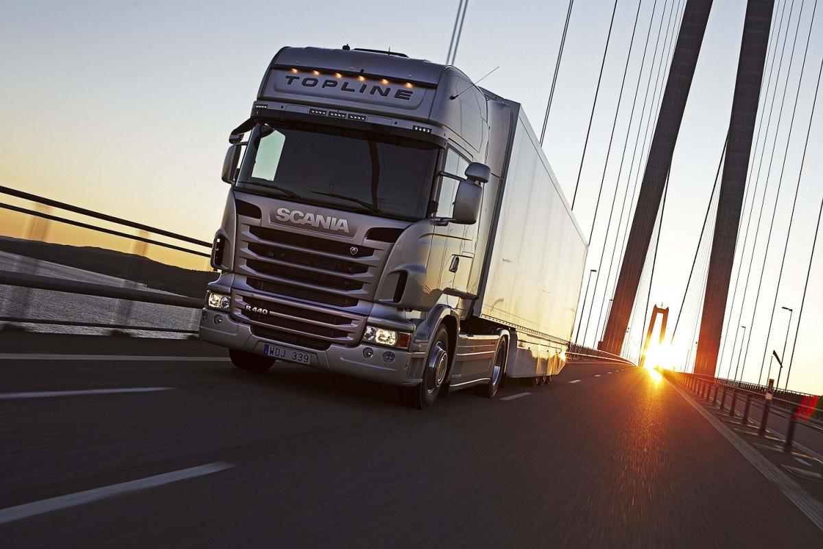 Осенью грузовикам запретят утром и днем въезжать в Киев