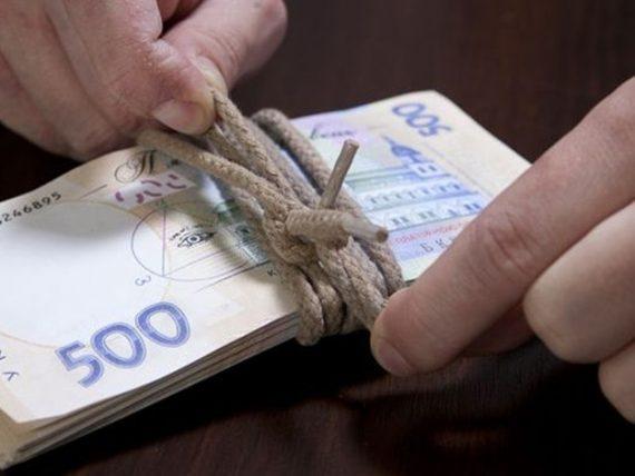 Киевляне стали больше зарабатывать