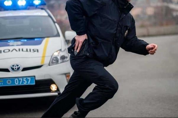 """Полицейский """"отомстил"""" обидчику своей супруги"""