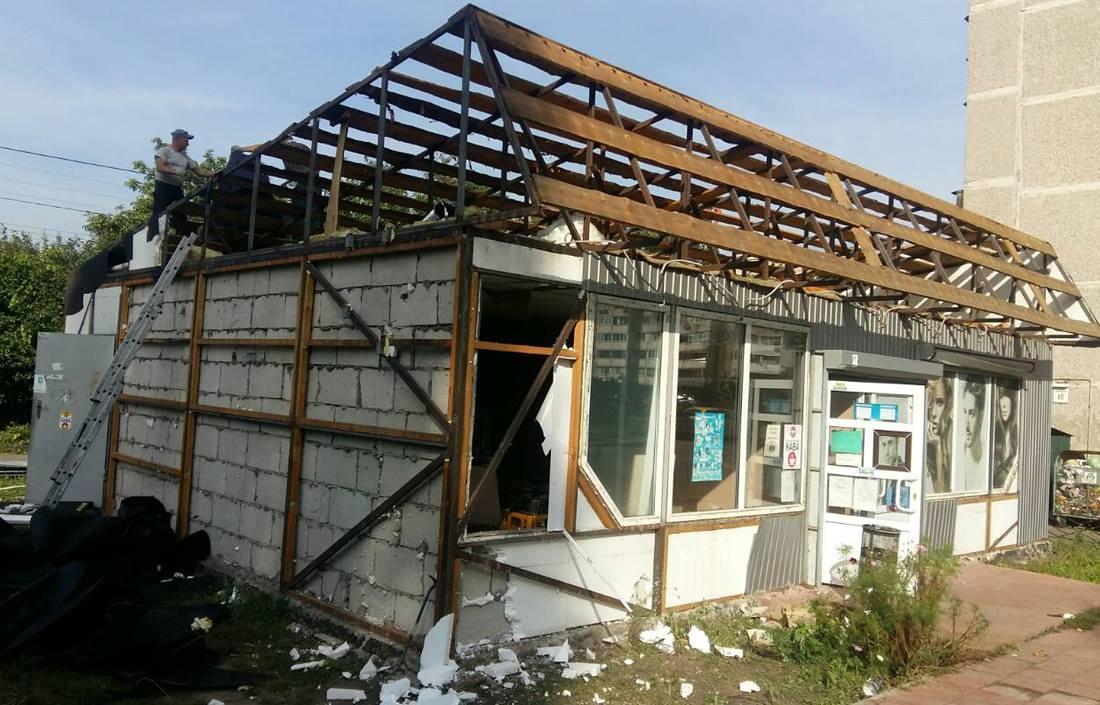 На Беличах демонтировали капитальную наливайку возле школы