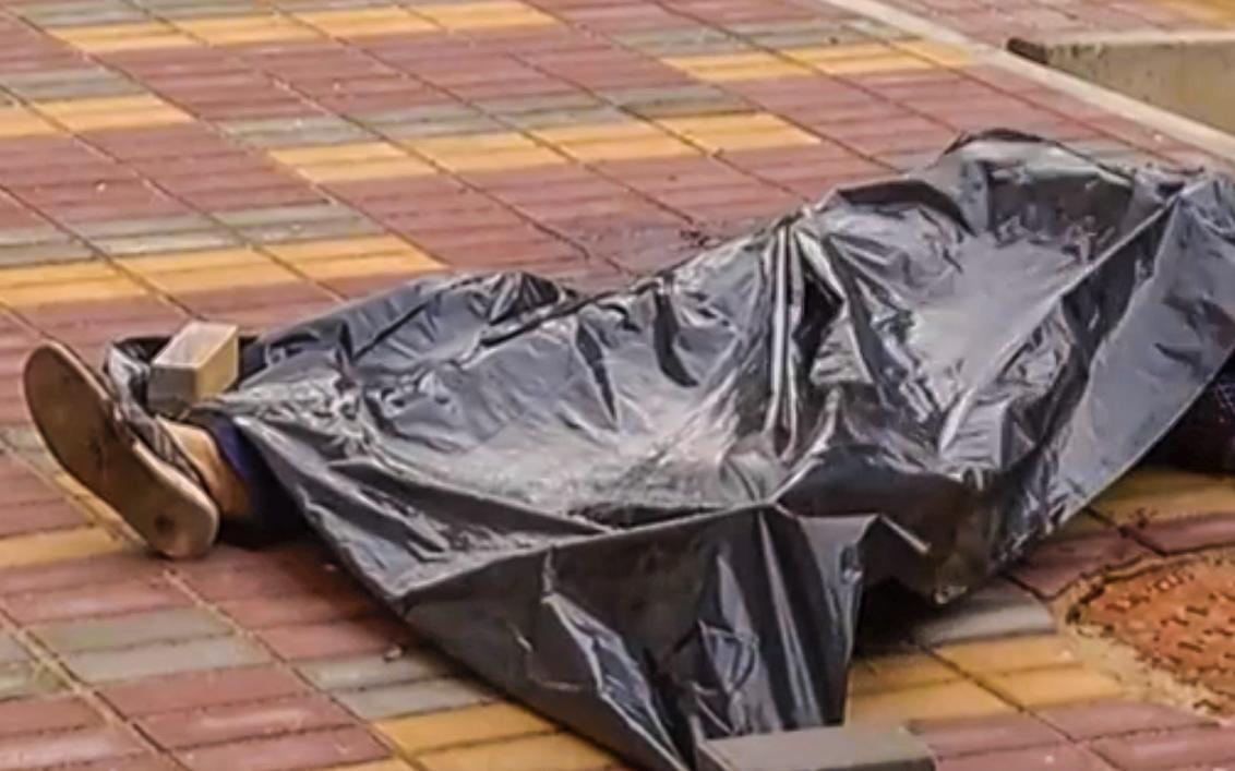 Женщина, погибшая на стройке в Киеве, работала кассиром несколько дней