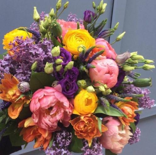 Как сочетать цветы в букете?