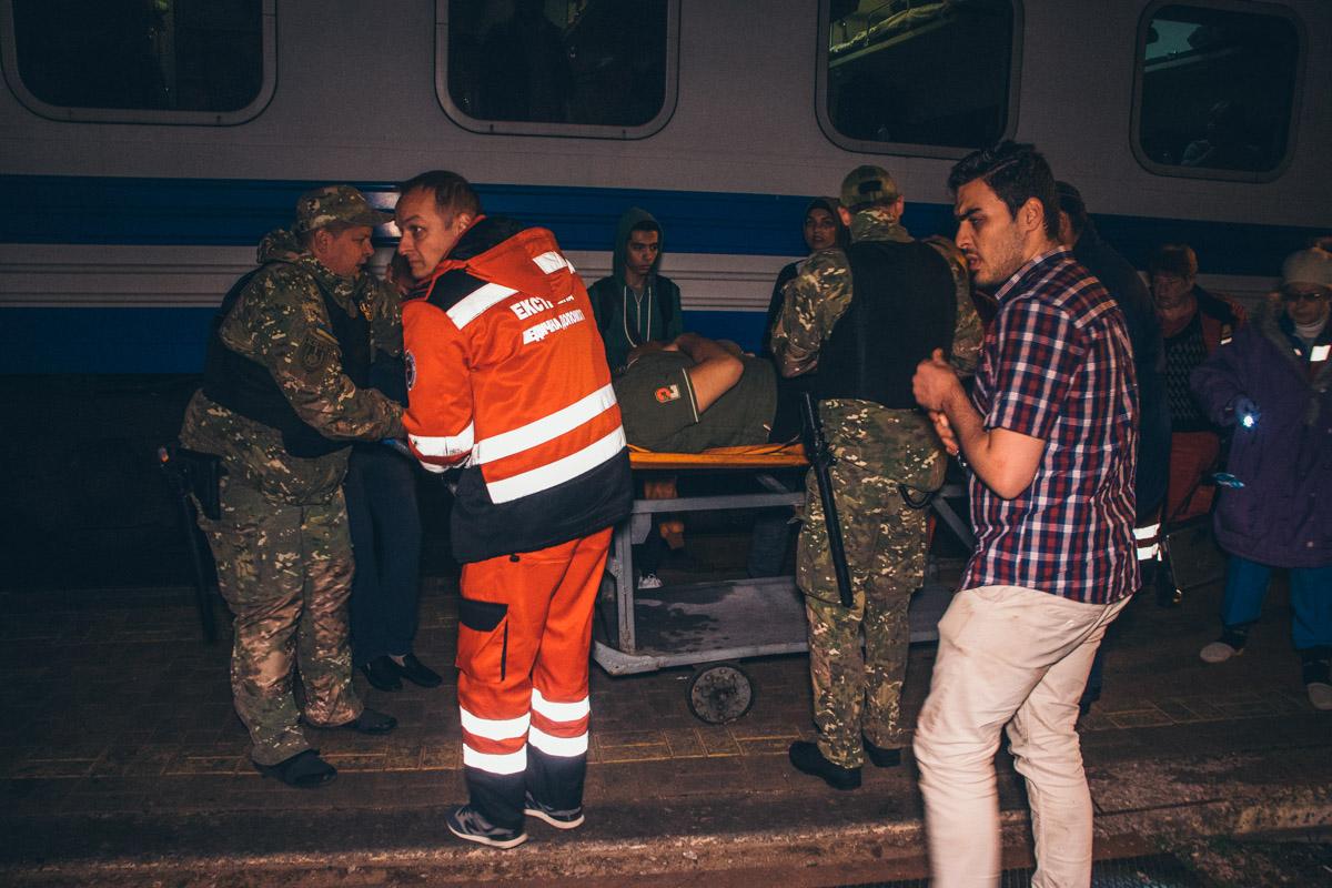 В Киеве иностранец лишился ноги, торопясь на поезд