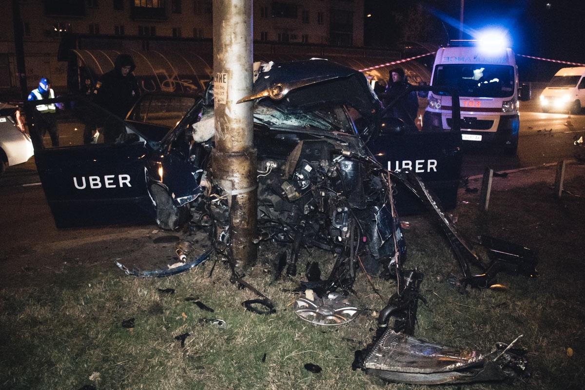 В Киеве пассажир такси попал в автокатастрофу по вине пьяного водителя