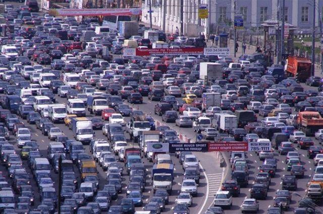 В Киеве на один час остановится весь транспорт