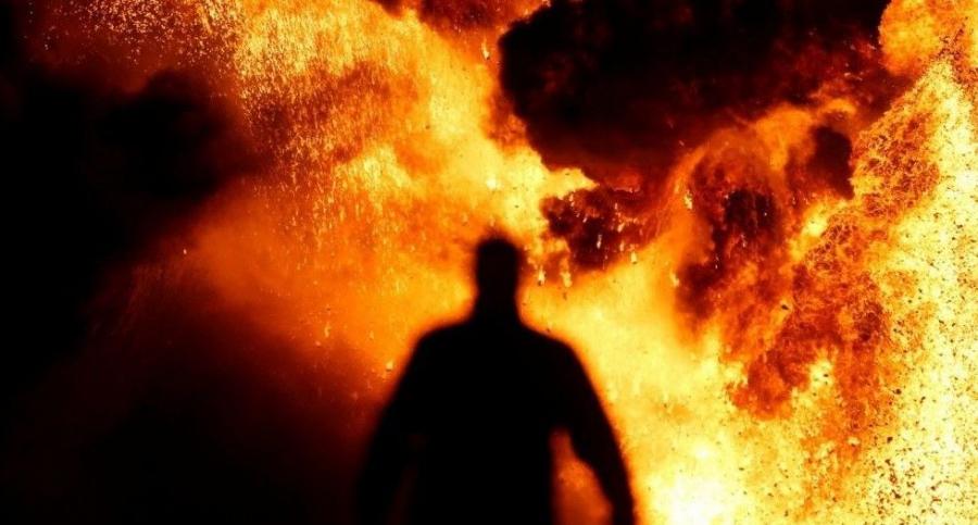 На водоеме в Киеве прогремел мощный взрыв. Рыбак получил тяжелые травмы