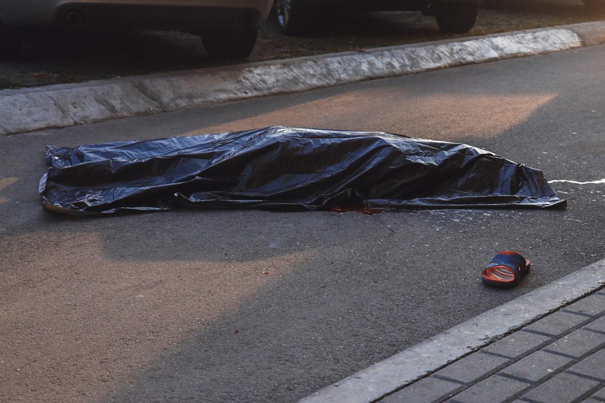 На Харьковском шоссе парень выпрыгнул с балкона после употребления алкоголя