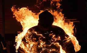Под Киевом мужчина может сесть в тюрьму за то, что пытался сжечь любовницу