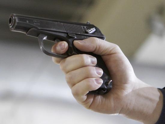 На Киевщине мужчина застрелил грабителя из его же пистолета