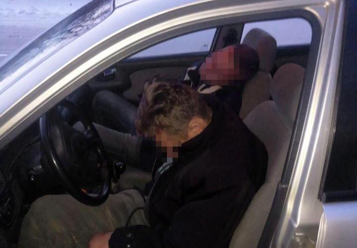 Под Киевом сон сморил пьяного водителя и удалось избежать ДТП