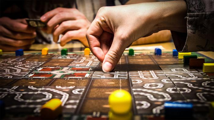 Настольные игры. В какую поиграть в компании друзей?