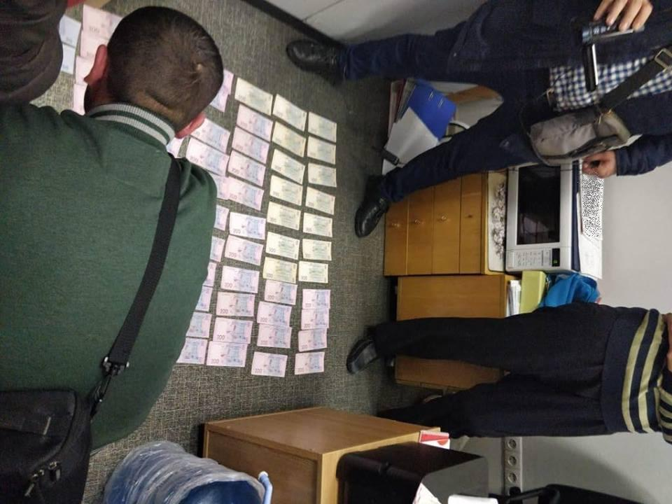 Ректор столичного ВУЗа угрожал студентам отчислением и депортацией