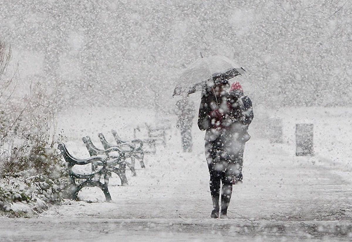 """На Киев надвигается """"желтый"""" 2-й уровень снежной угрозы"""