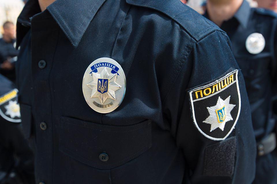 Под Киевом водитель переехал патрульного полицейского