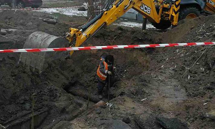 В Киеве в который раз произошла авария на теплосетях. Без отопления 54 дома