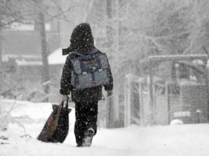 В киевских школах пока не собираются отменять занятия из-за снегопада