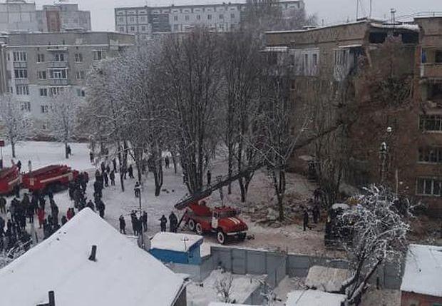 В ГСЧС сообщили подробности взрыва в жилом доме под Киевом