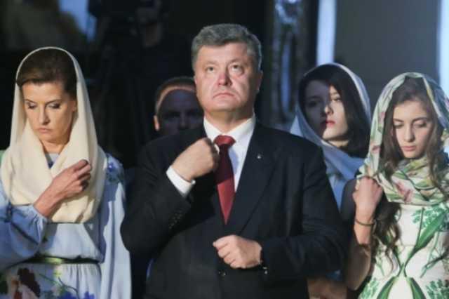 Порошенко освободил Украину от московских попов, создав независимую церковь, – политолог