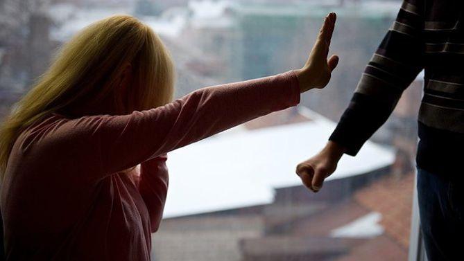 Киевлянин ограбил молодую девушку на свидании