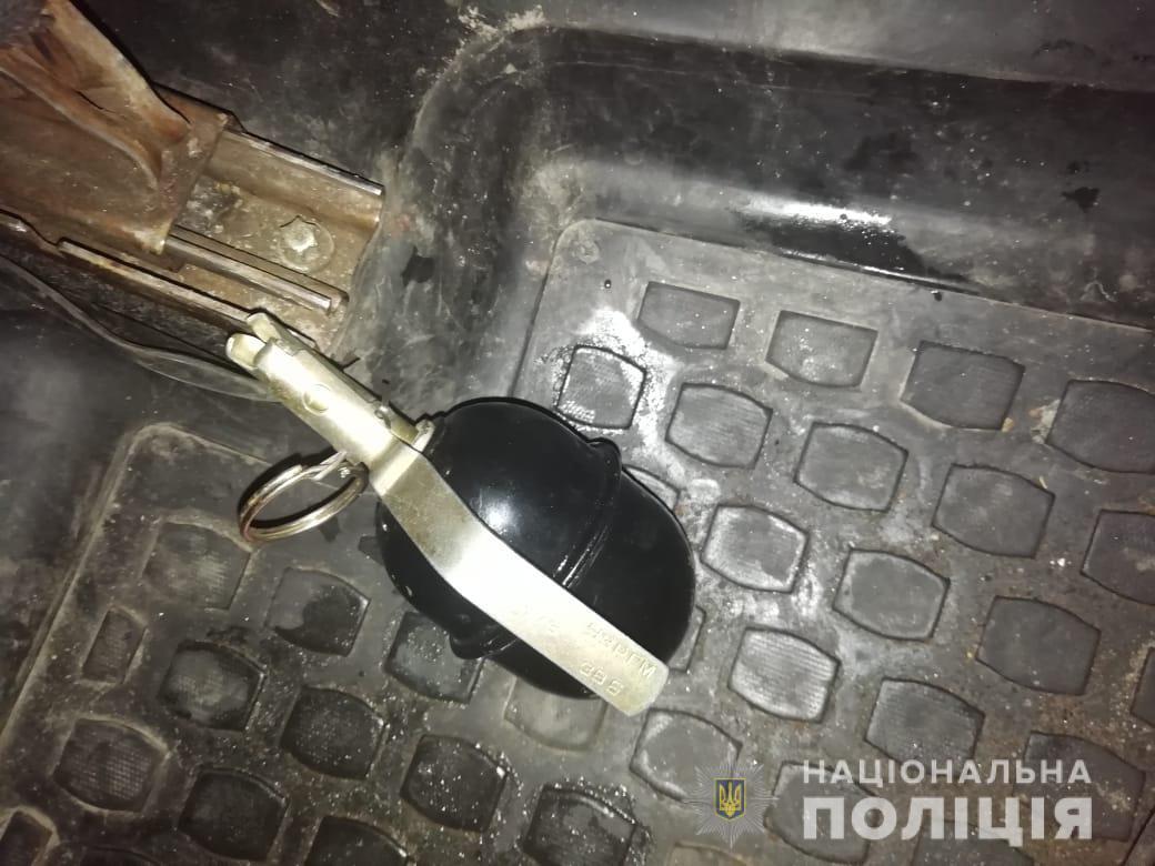 Под Киевом пьяный Казанова подбросил гранату в машину мужа своей возлюбленной