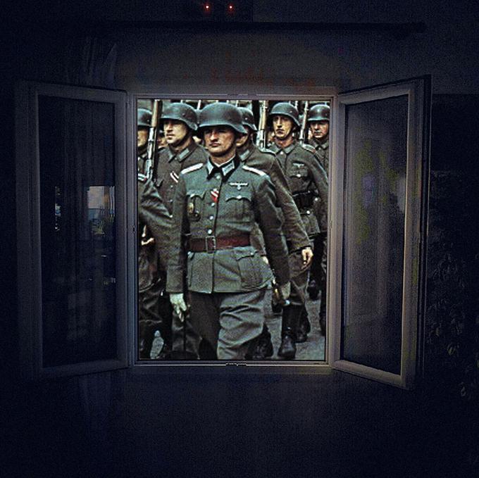 """Мужчина выпрыгнул из окна гостиницы, увидев """"фашистов"""""""