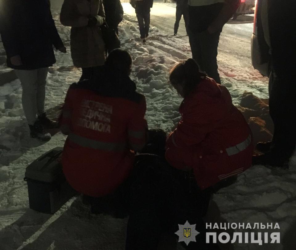 В селе под Киевом прямо на улице зарезали местного жителя
