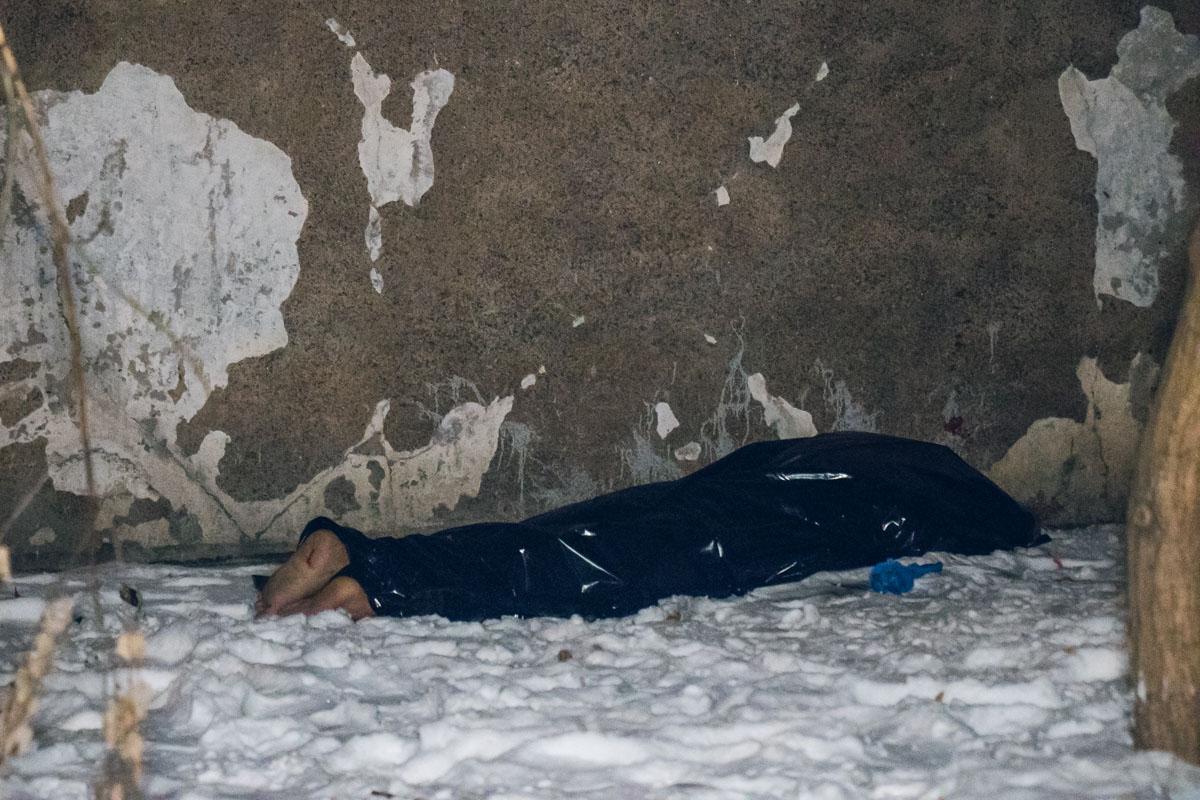 В Киеве студент опоздал на самолет и покончил жизнь самоубийством