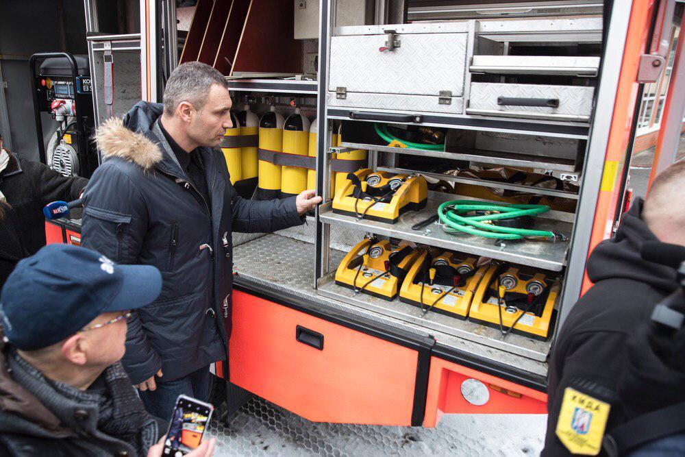 Кличко: «В рамках сотрудничества с Мюнхеном спасатели получили крайне необходимую спецтехнику»
